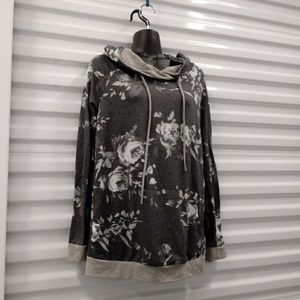 12pm By Mon Ami Floral Soft Compfy Hoodie Medium